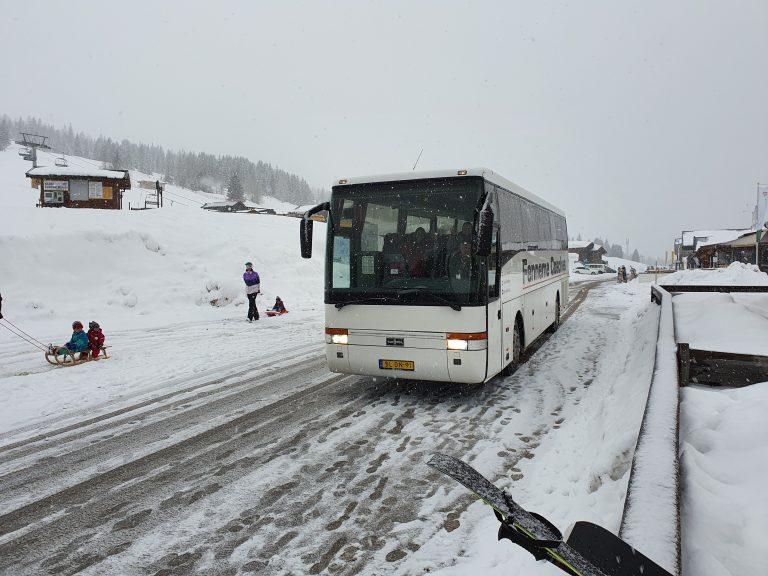 Rijden door de Oostenrijkse sneeuw!